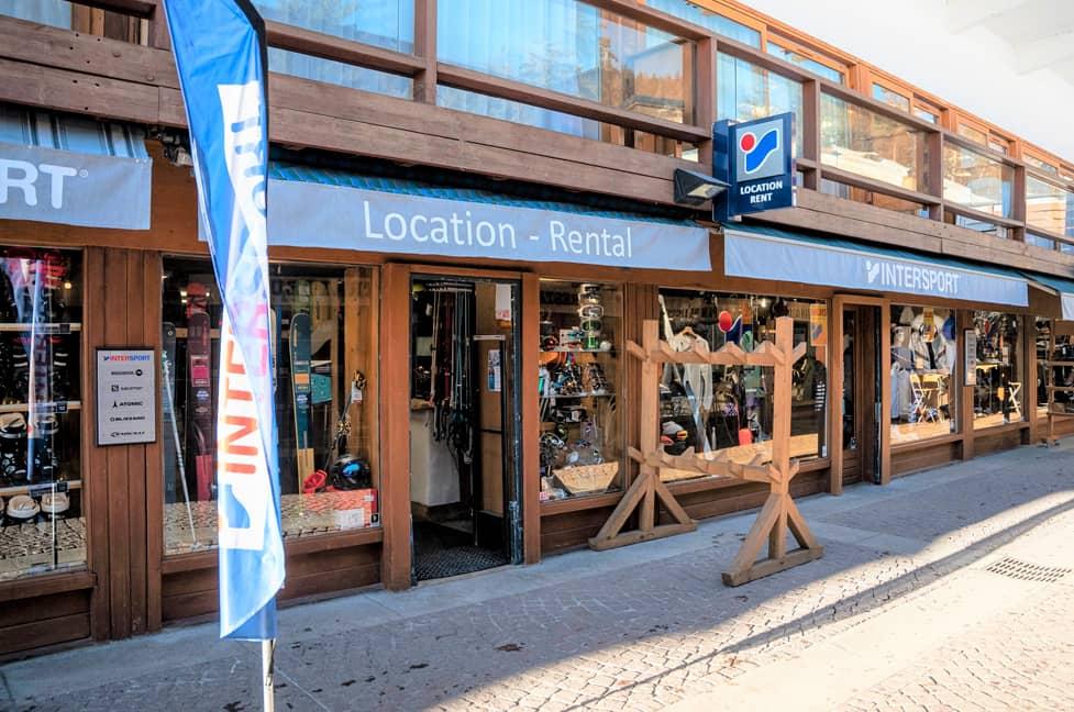 7107d144b3 INTERSPORT SHOP ARC 1600 Galerie Commerciale Ski Rental